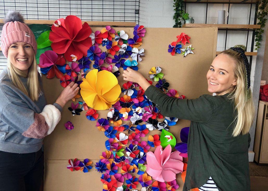 107 flower wall